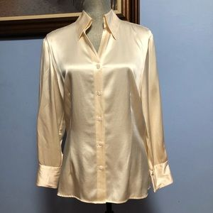 Tesori blouse size L color beige